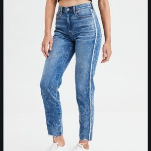 AEO side stripe mom jeans acid wash